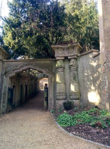 Highgate Cemetary - Egyptian Avenue